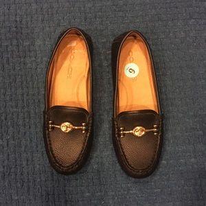 e872ec9183e Coach Shoes - 🆕COACH Crosby Driver Turnlock Flats